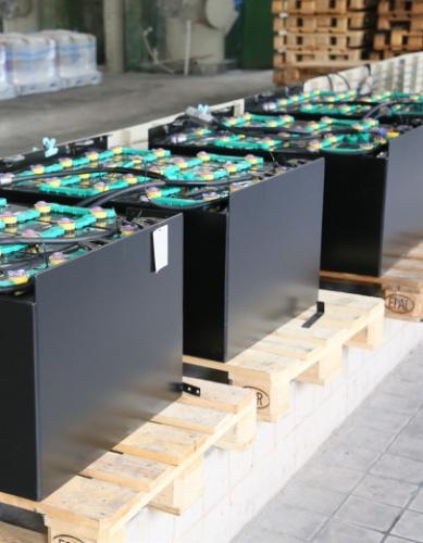 叉车电池的寿命是否受浮充电压的影响